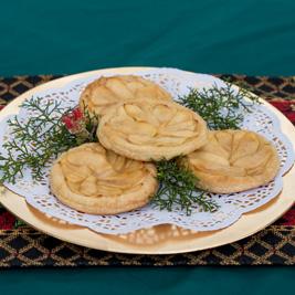 Gingered Apple Pinwheel Tarts